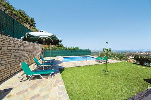 Villa Armonia in Agia Triada, Rethymno - sleeps 6 people