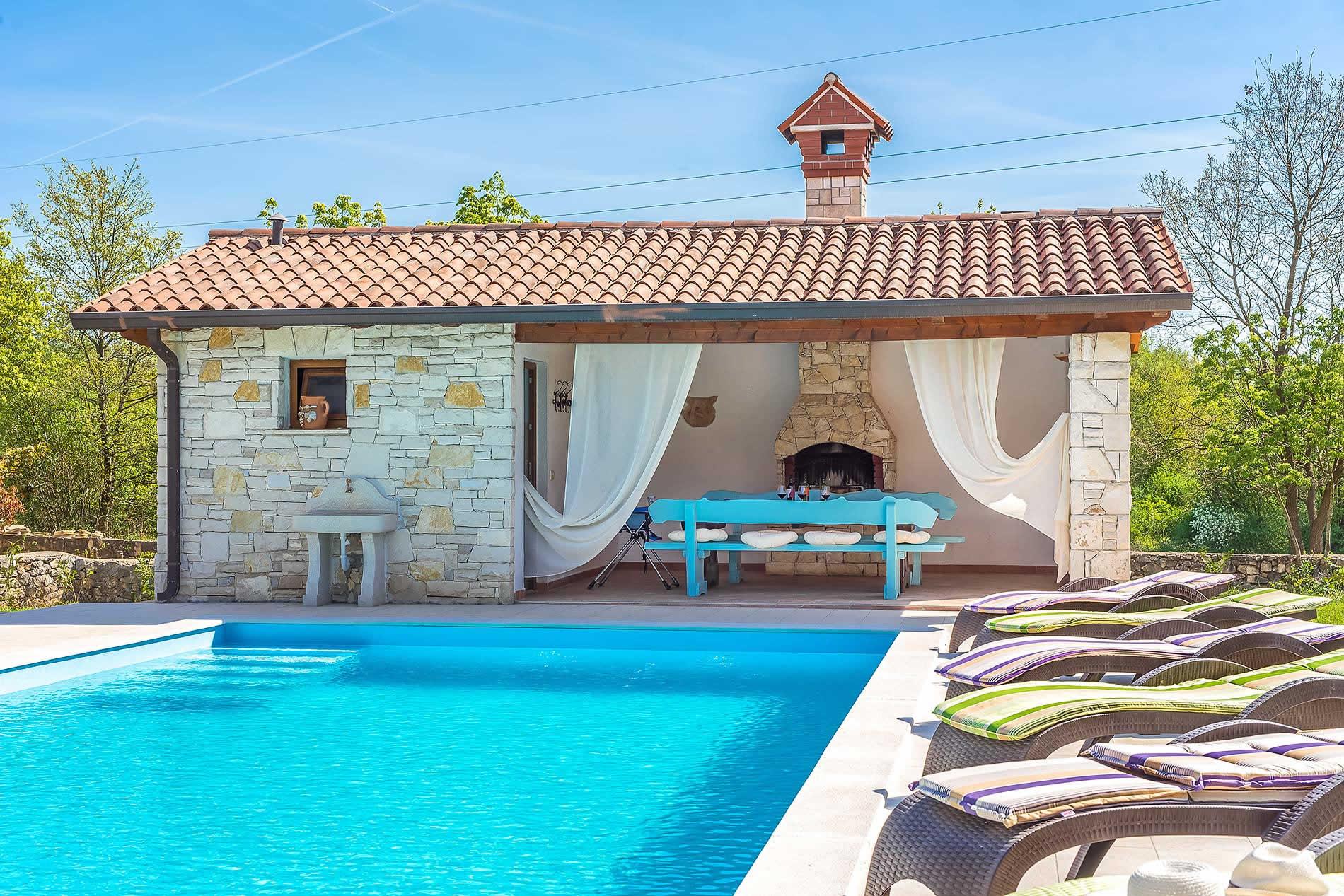 Villa Baccio in Labin - sleeps 7 people