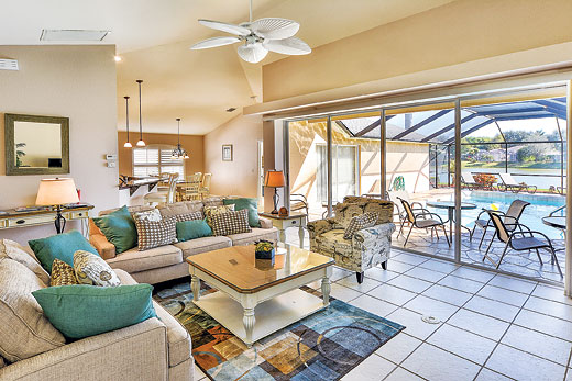 Villa Blue Heron Breeze in Naples - sleeps 6 people