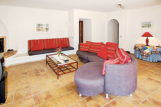 Villa Buddleia in Quinta do Paraiso, Algarve - sleeps 6 people
