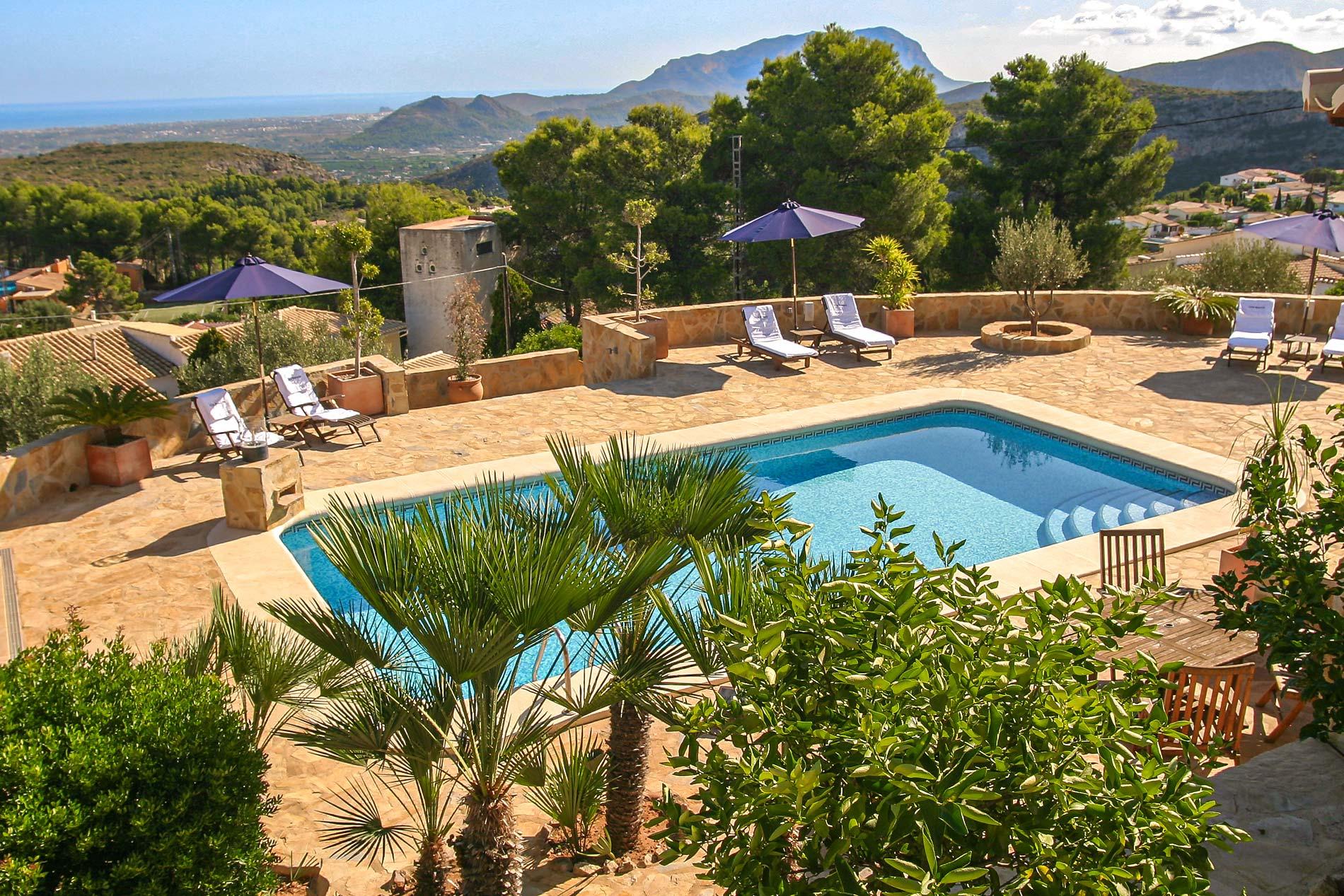 Villa Buscana in Denia - sleeps 8 people