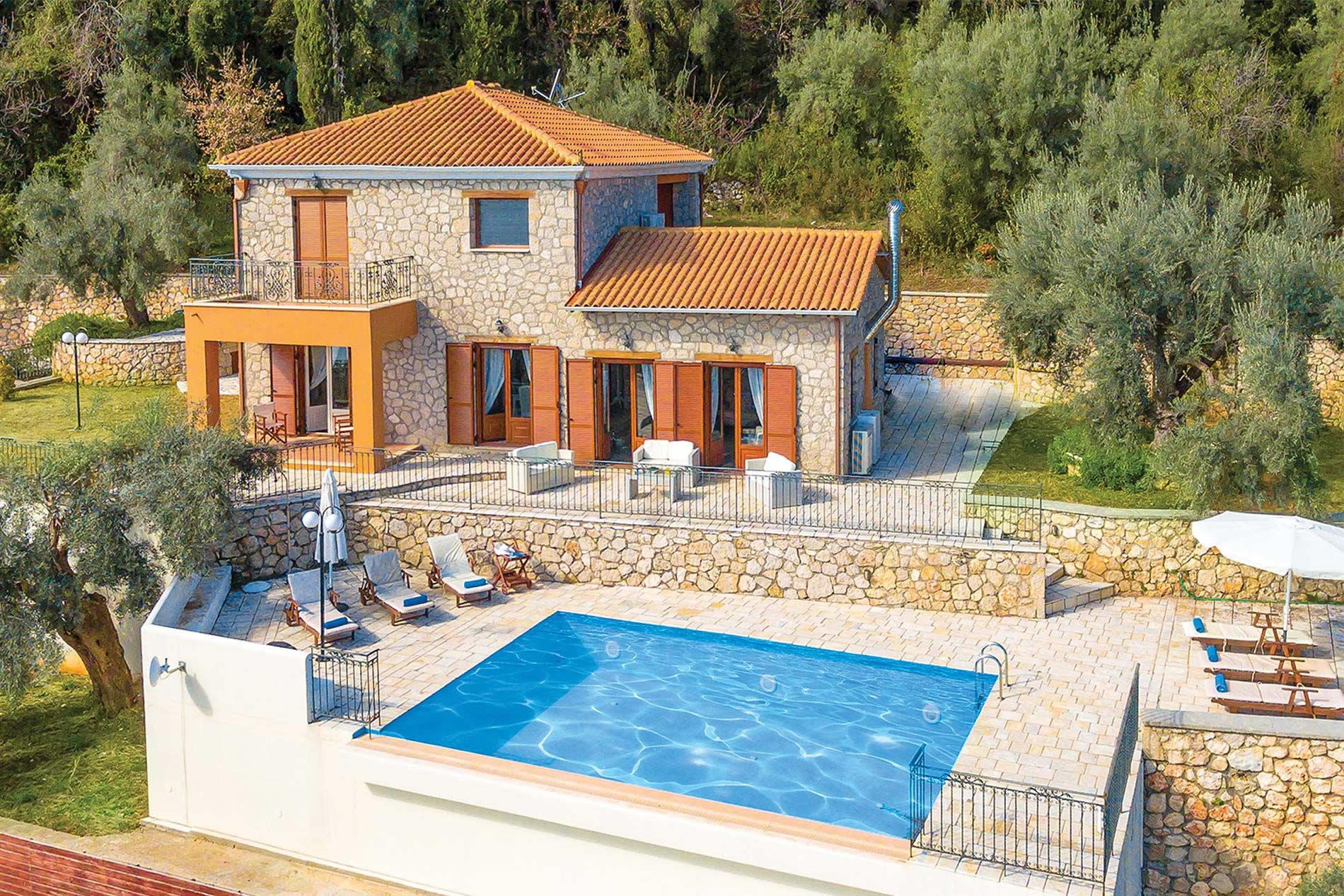 Villa Byronas ( Galatia) in Perigali - sleeps 6 people