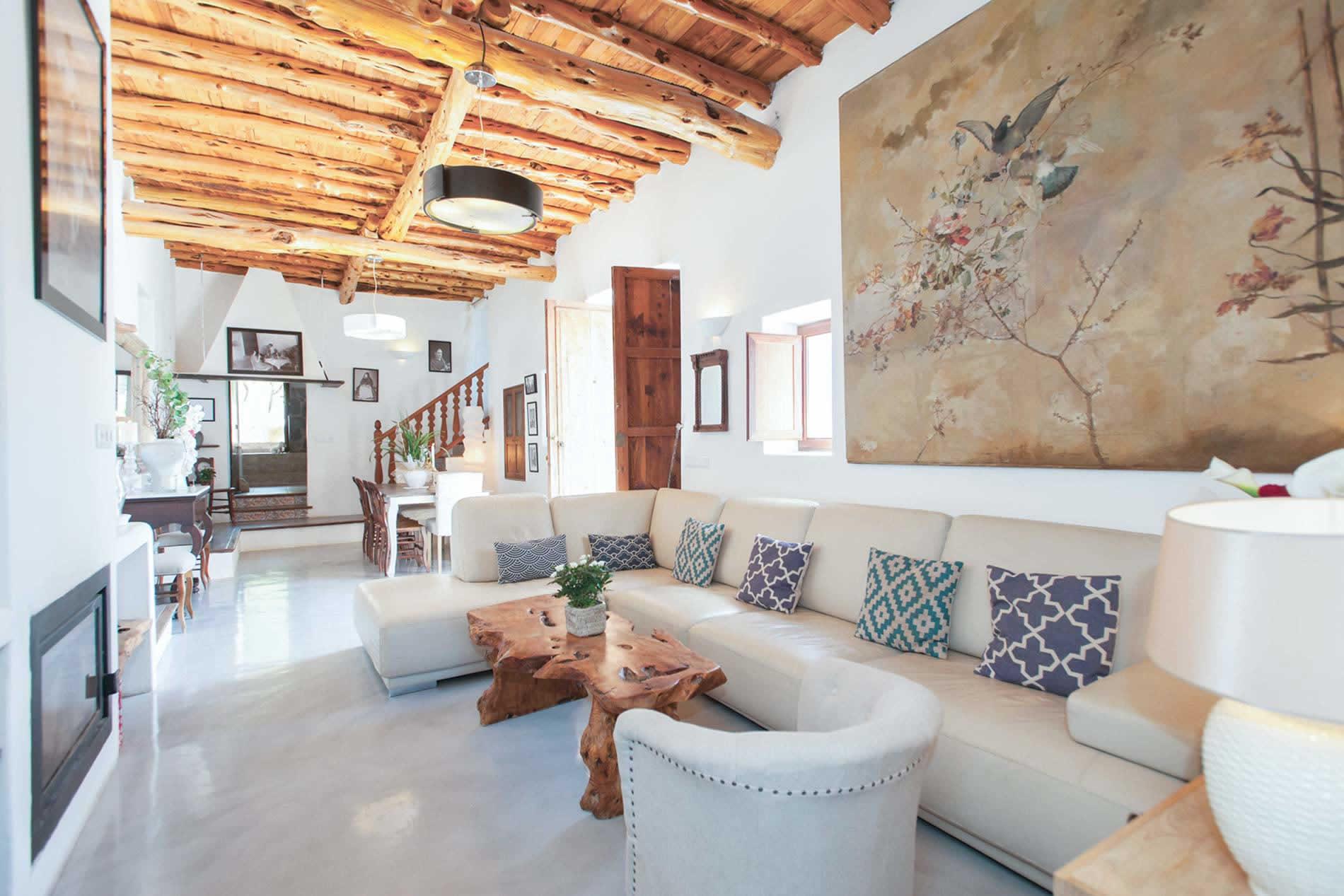 Villa Can Frare in San Antonio - sleeps 12 people