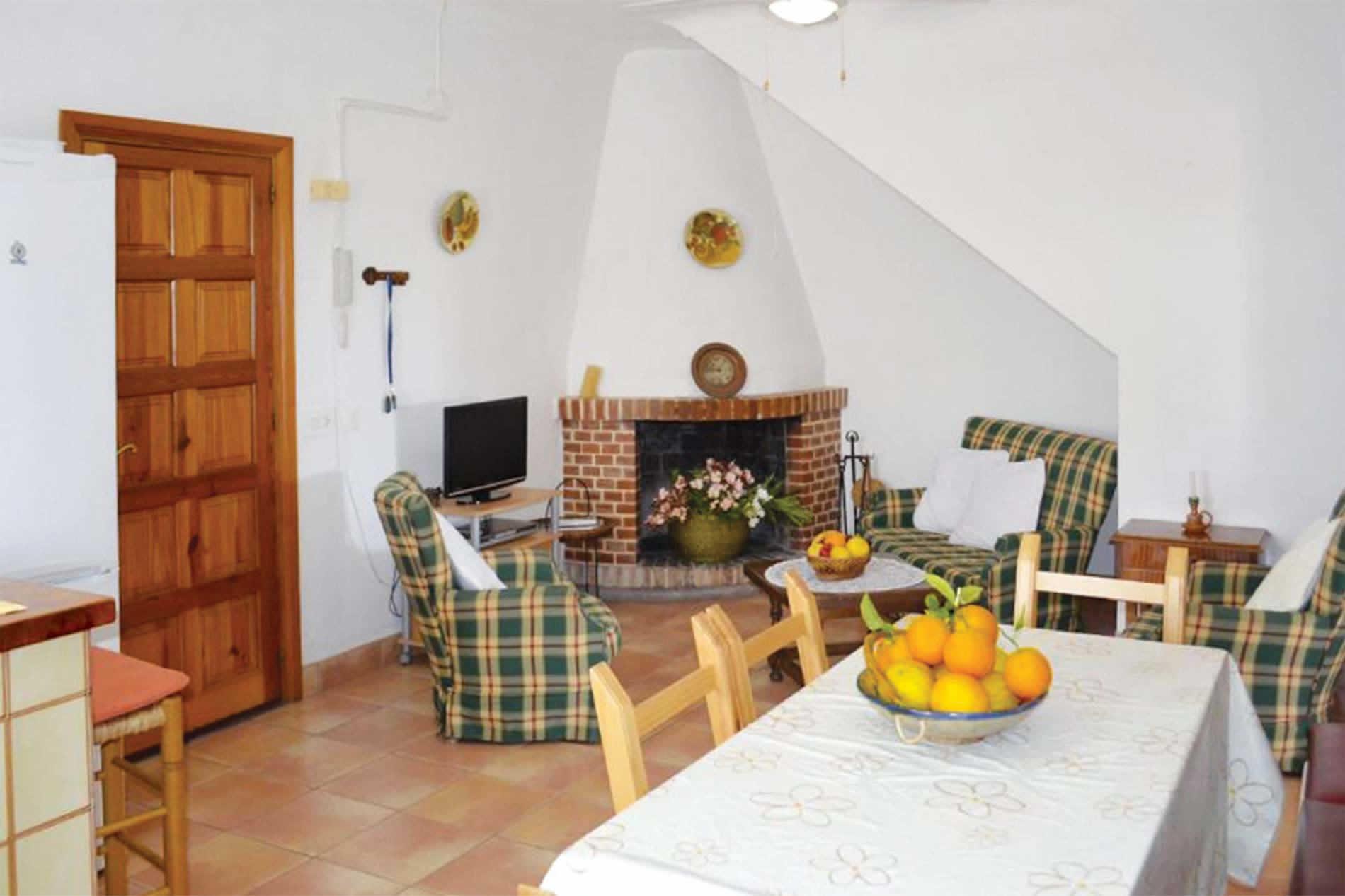 Villa Ca'n Joan d'Urban in Santa Eulalia - sleeps 6 people