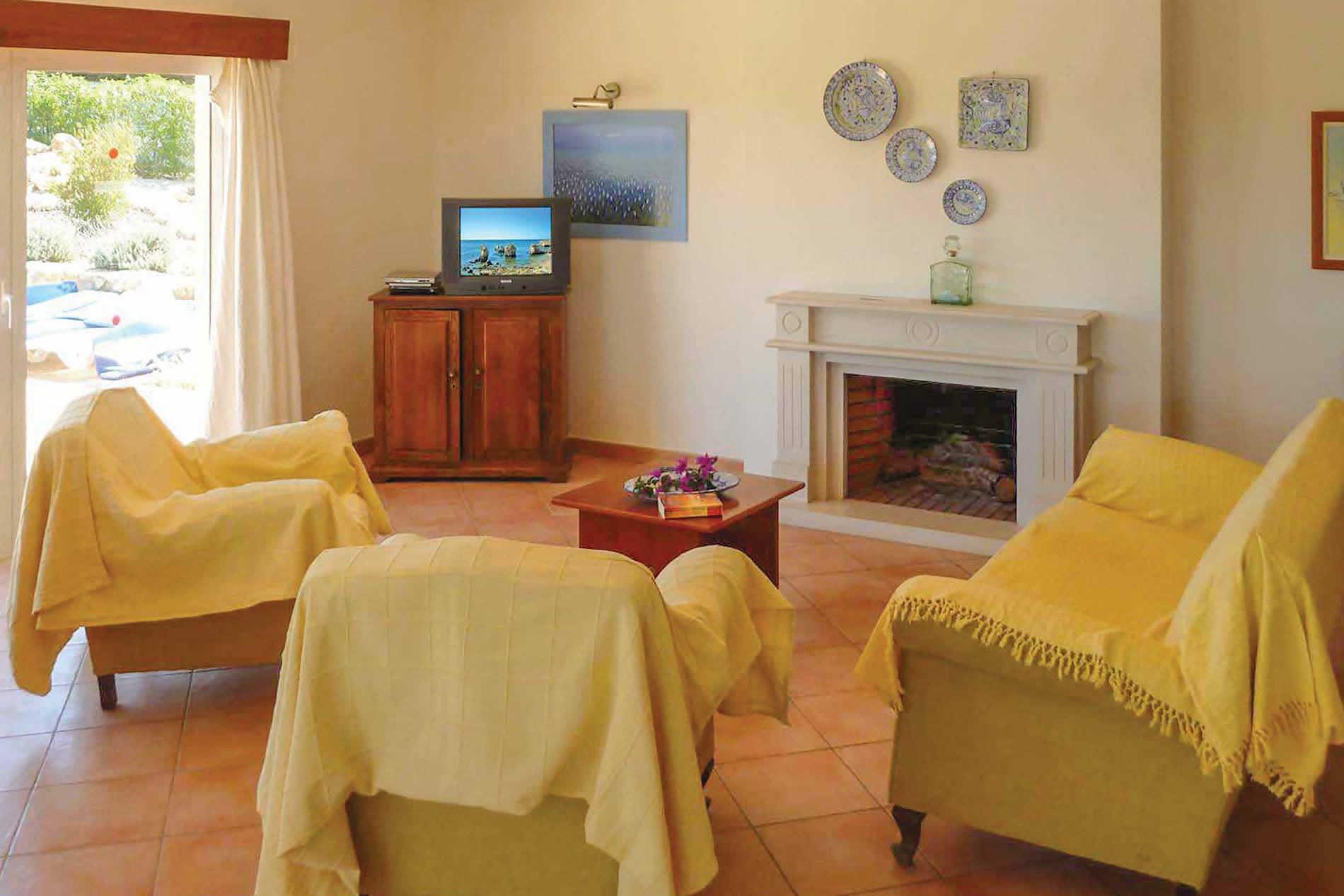 Villa Casa Agua in Vale de Parra - sleeps 8 people
