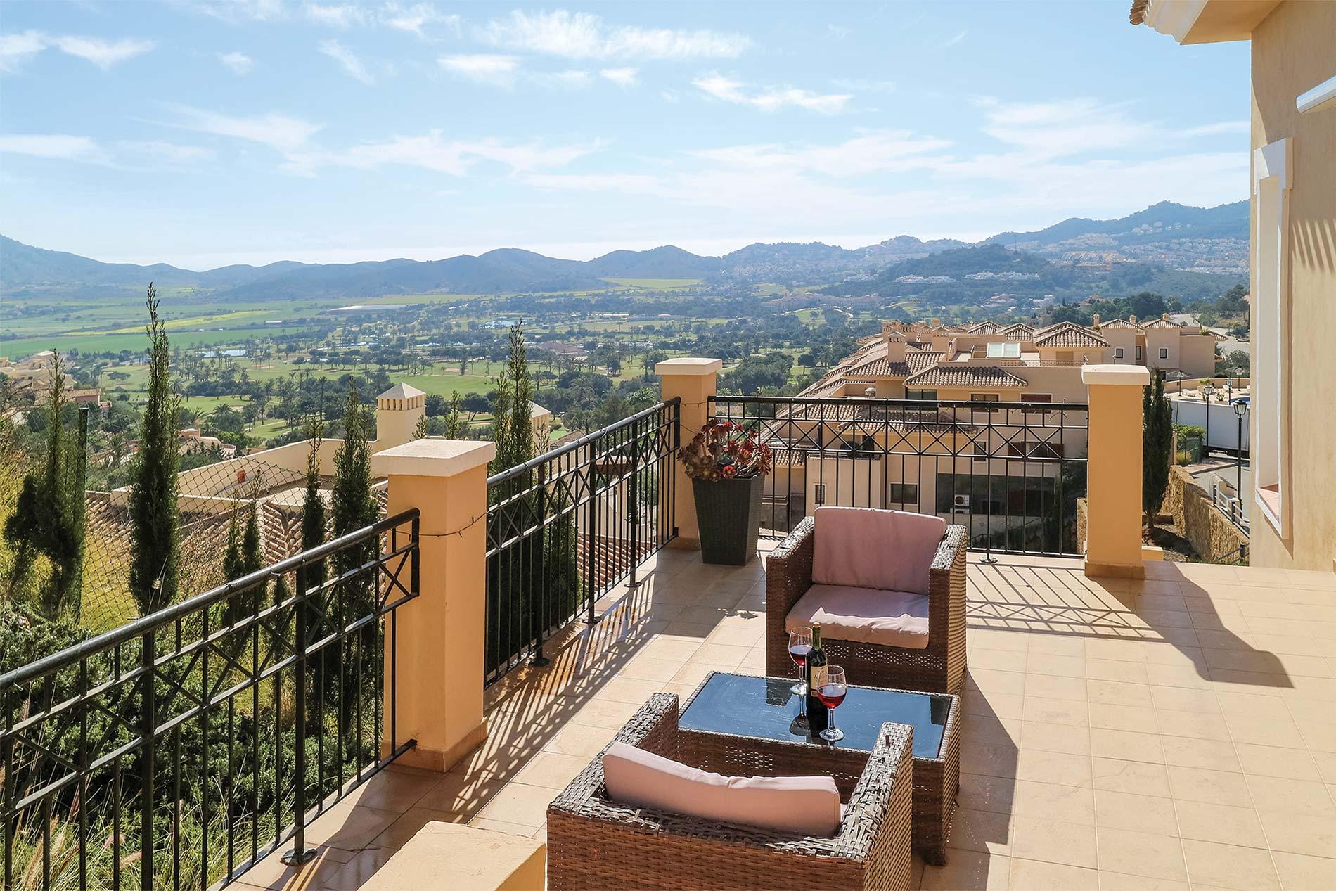 Villa Casa Buena in La Manga Club - sleeps 6 people