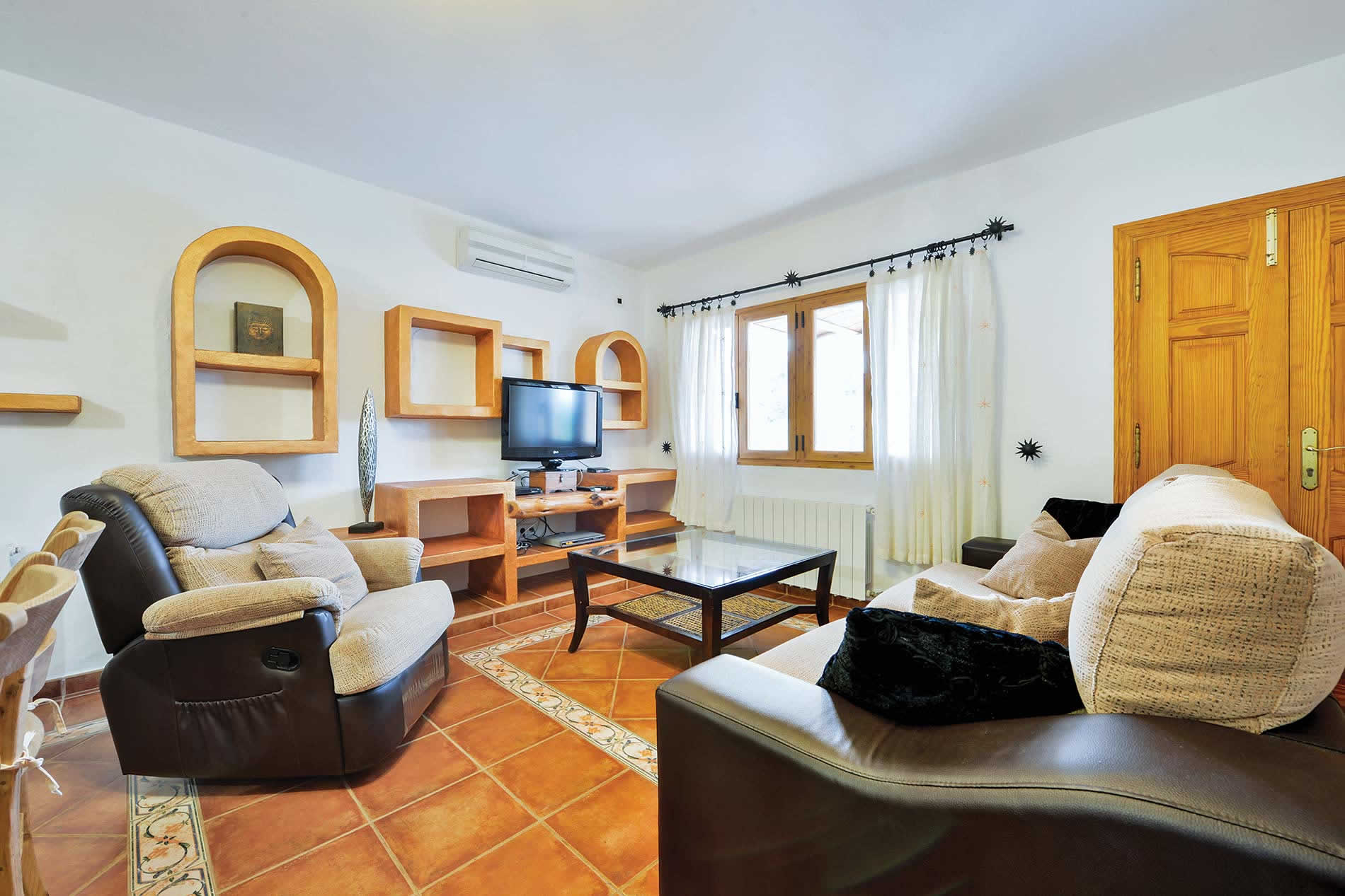 Villa Casa Laia Y Erika in Santa Eulalia - sleeps 6 people