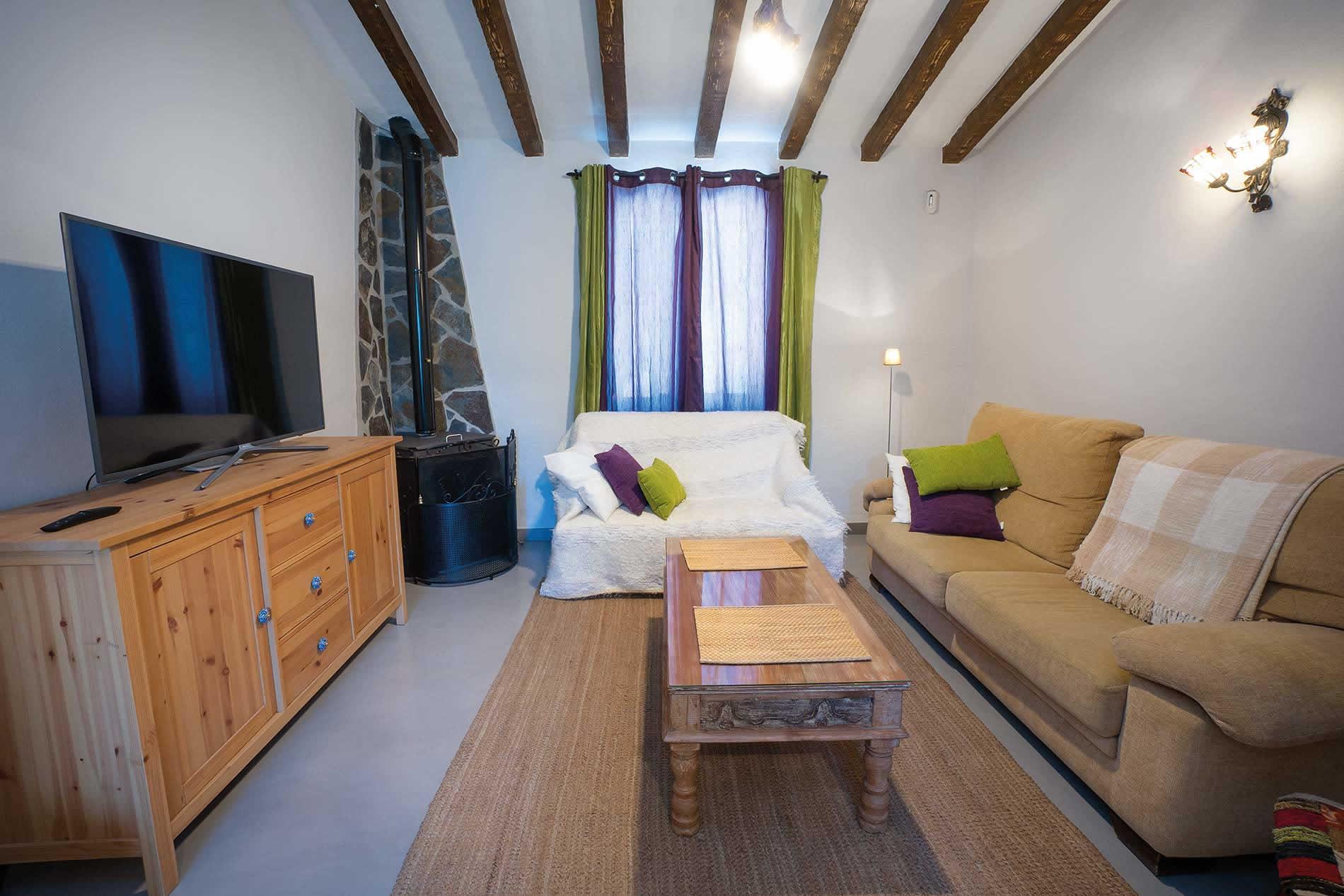 Villa Casa Linda in Nerja - sleeps 6 people