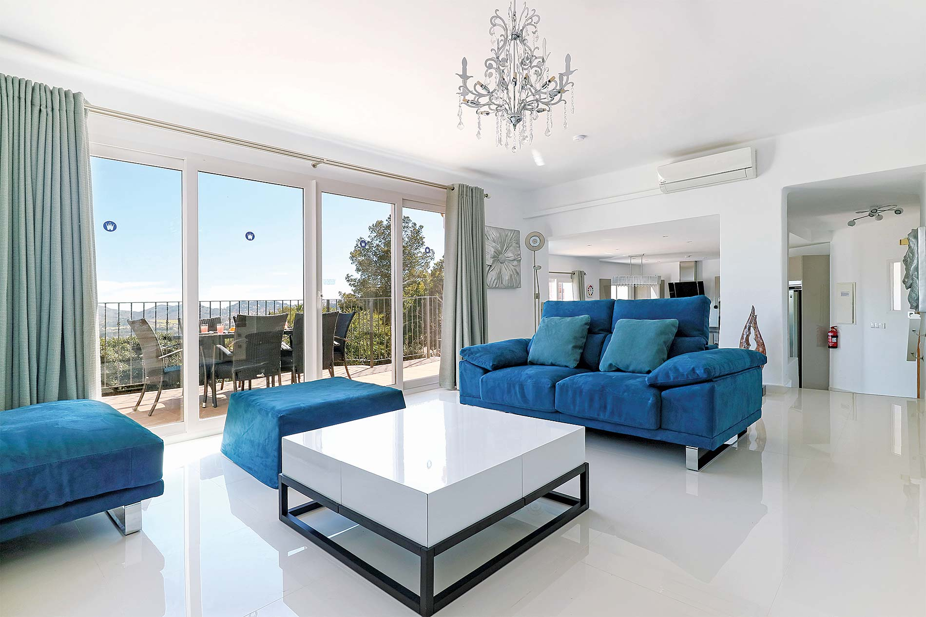 Villa Casa Lirios in La Manga Club - sleeps 8 people