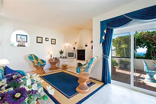 Villa Celine in Carvoeiro - sleeps 6 people