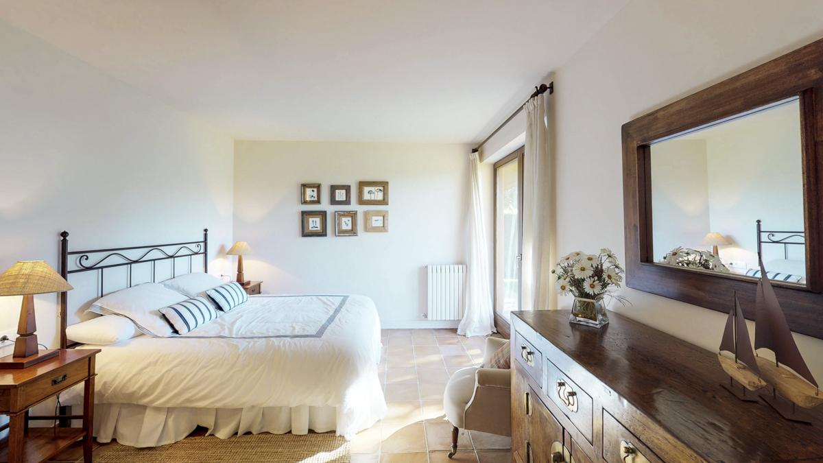Villa Chelo in Costa Brava - sleeps 12 people
