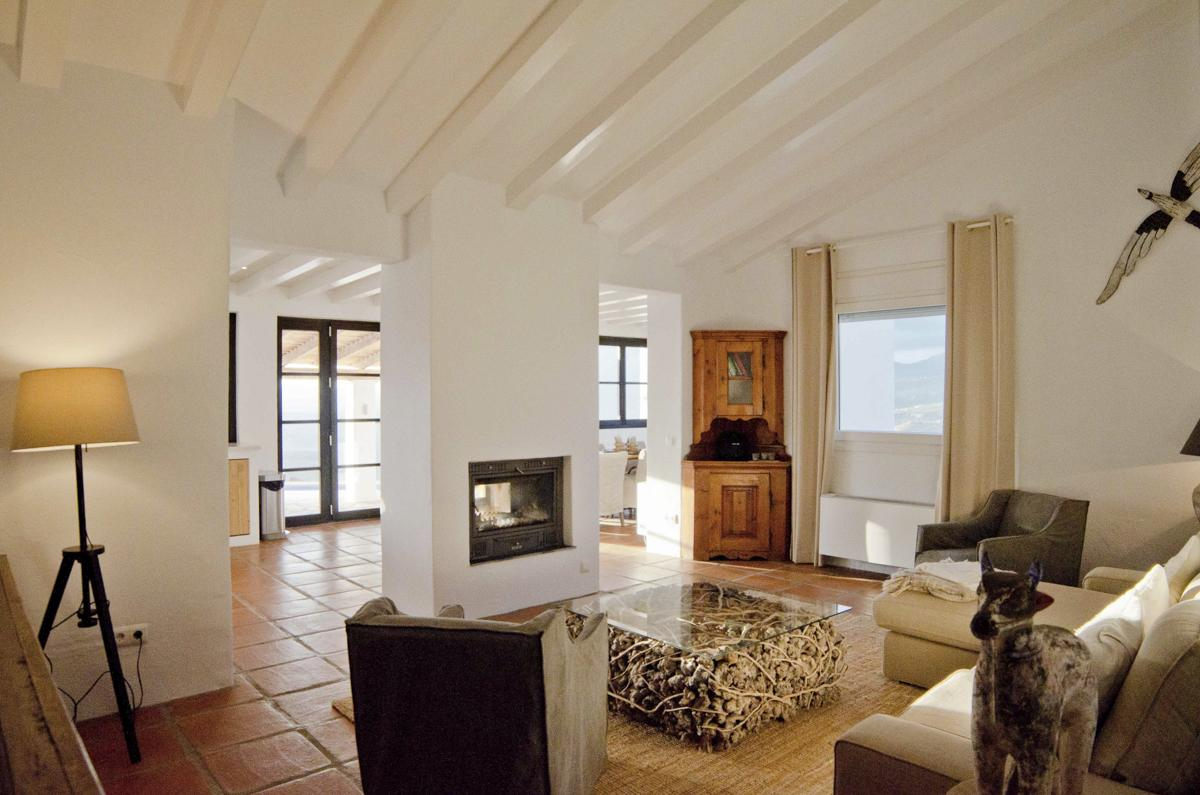 Villa Chepita in Andalucia - sleeps 8 people