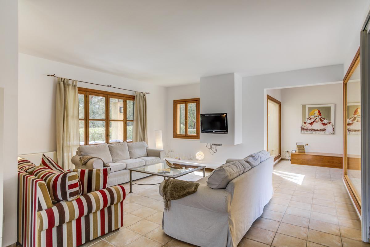 Villa Clavel in Arta - sleeps 6 people