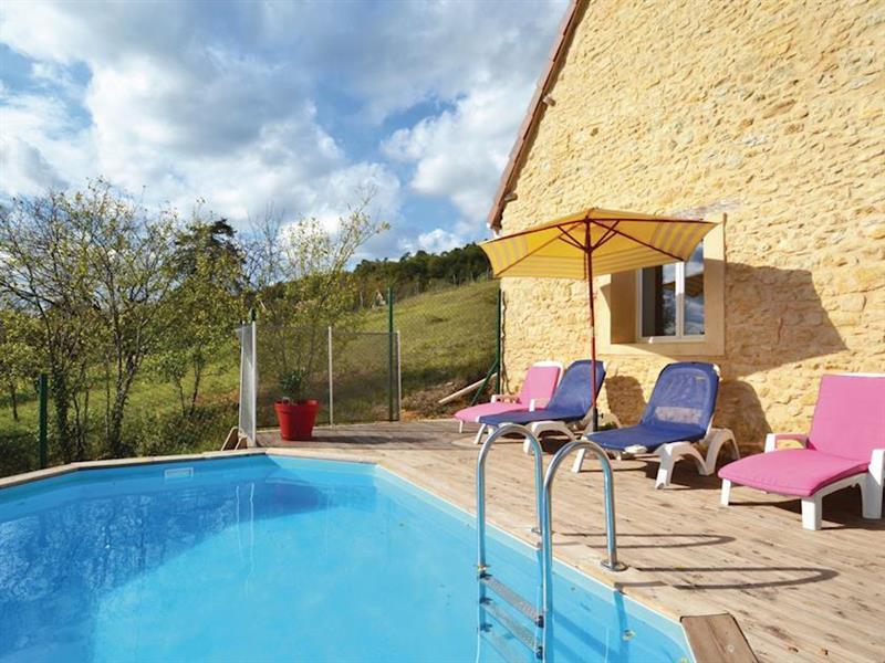 Villa Coteau in Aubas, Dordogne and Lot - sleeps 4 people