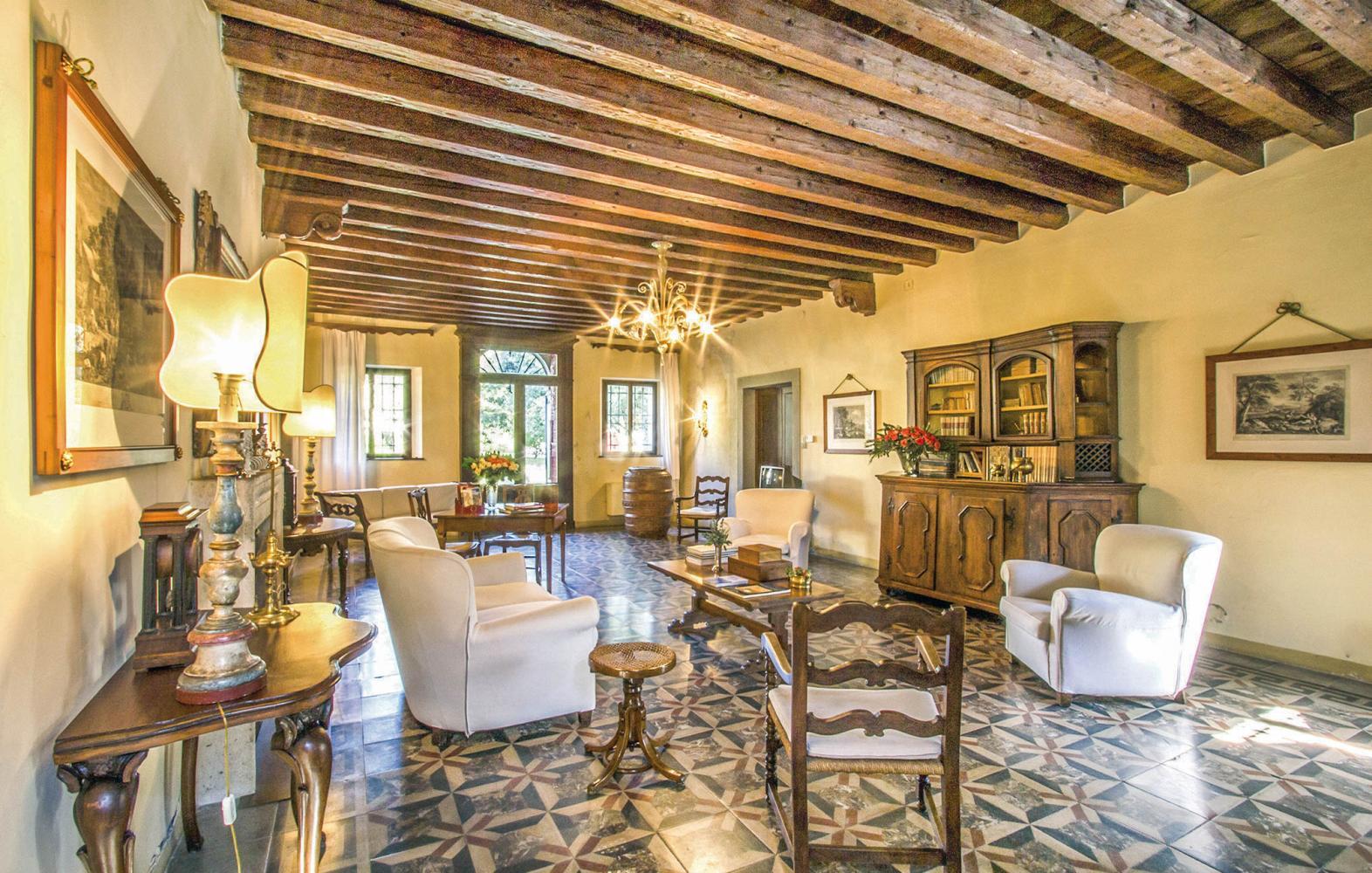Villa Effie in Venice & Veneto - sleeps 10 people