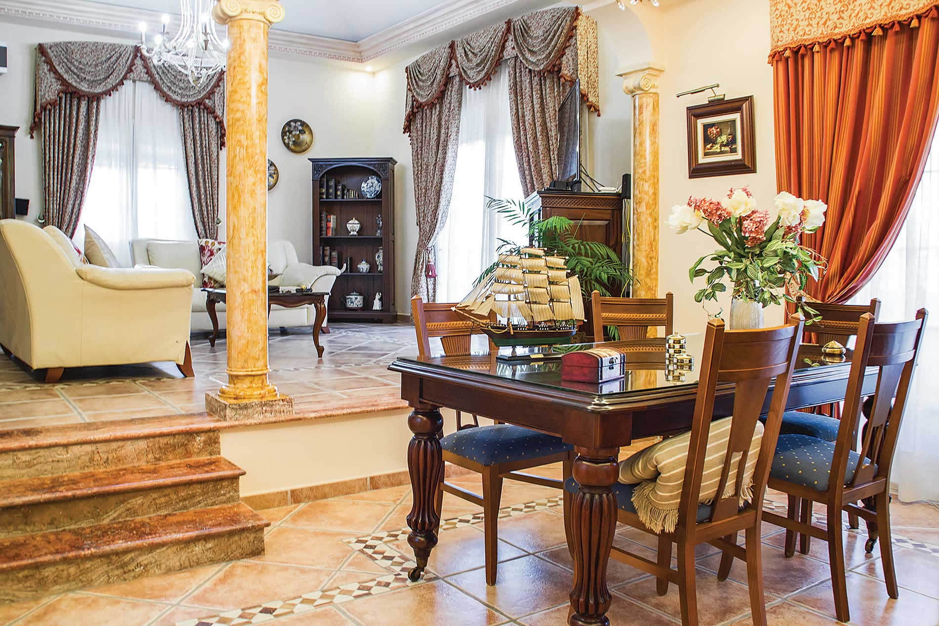 Villa Elizabeth in Alhaurin El Grande - sleeps 8 people