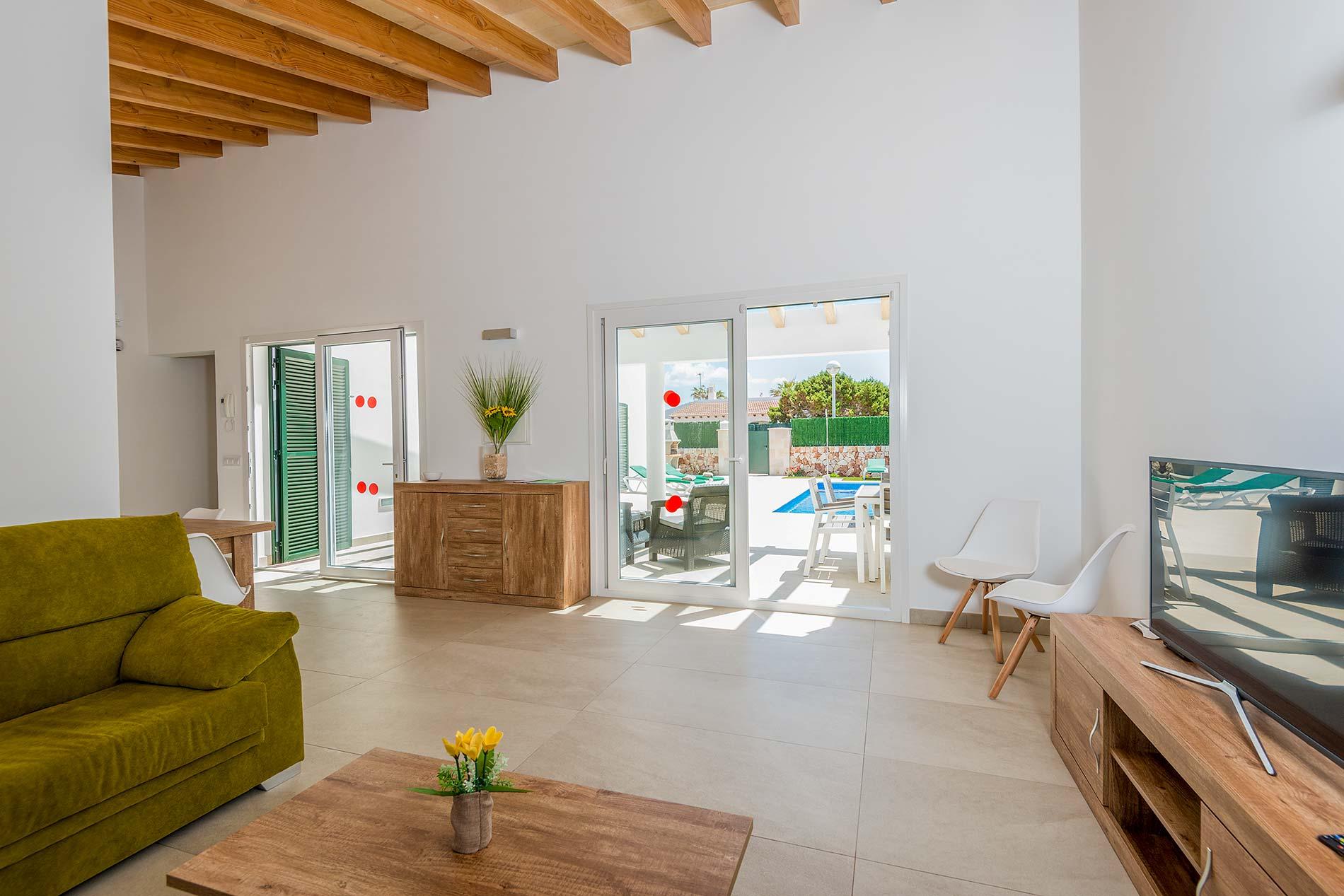 Villa Es Bruc in Cala en Bosch - sleeps 6 people