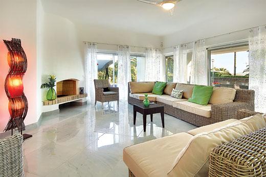 Villa Eva in Sao Rafael, Albufeira - sleeps 8 people