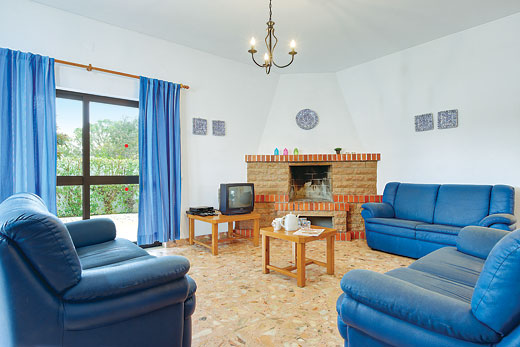 Villa Evaristo in Sao Rafael, Algarve - sleeps 12 people