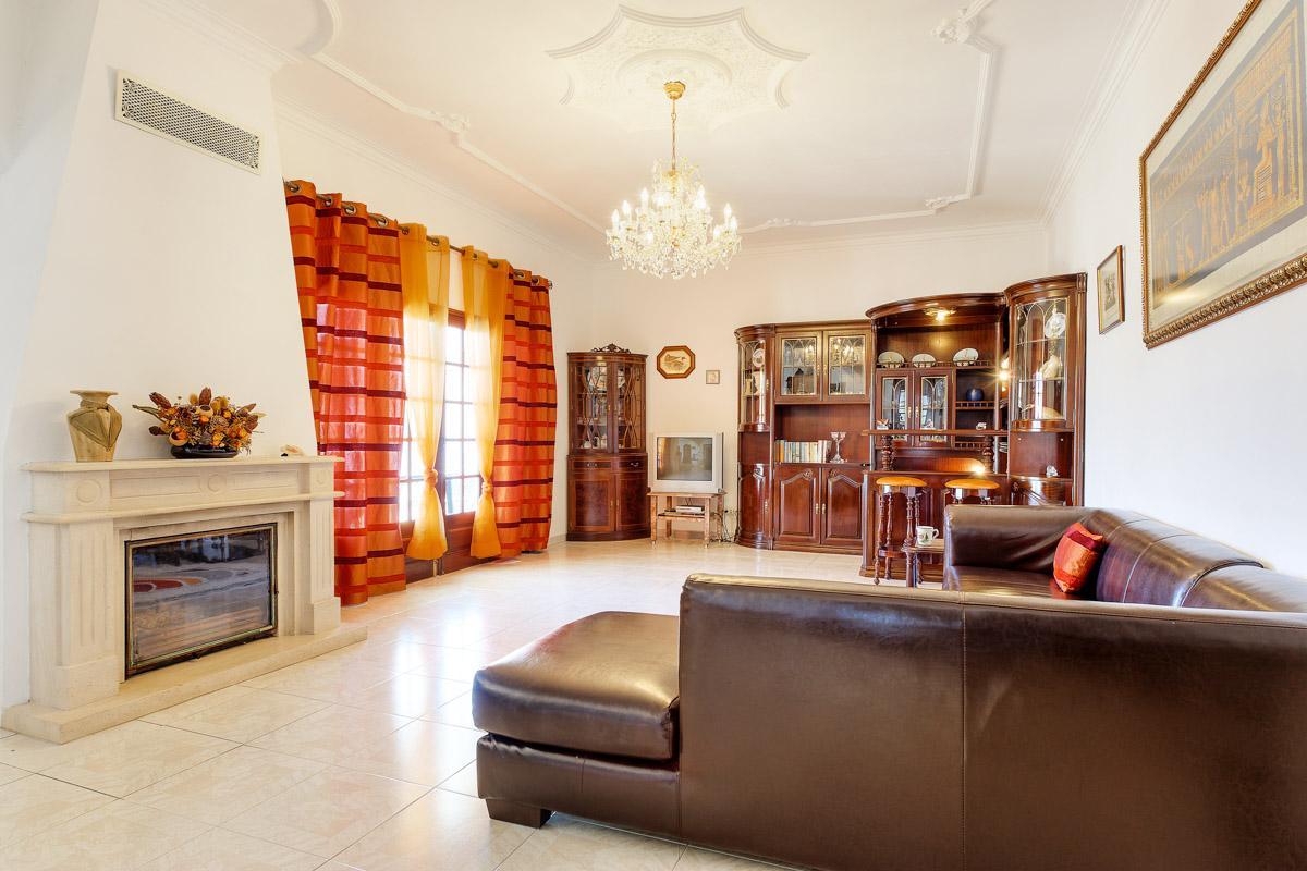 Villa Gale in Albufeira - sleeps 8 people