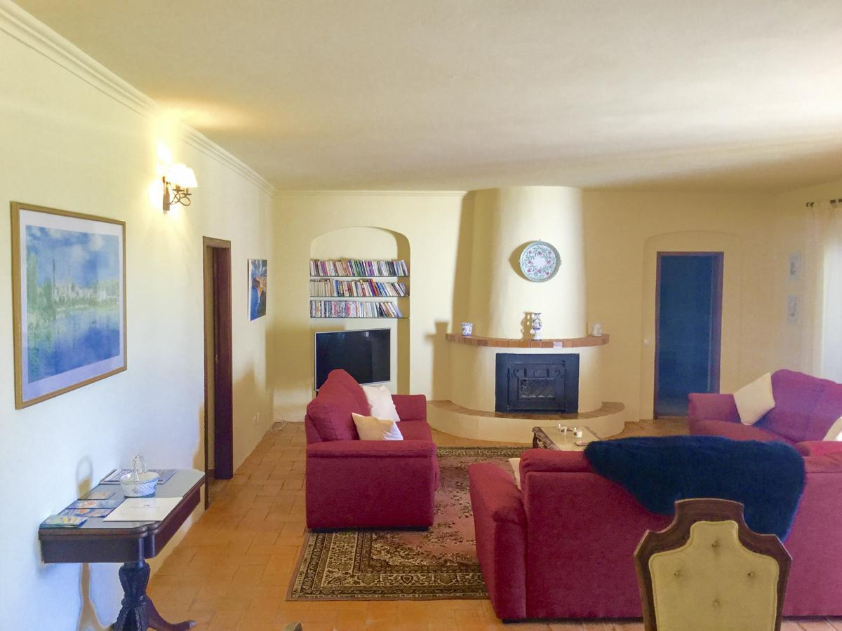 Villa Gingeira in Carvoeiro - sleeps 14 people
