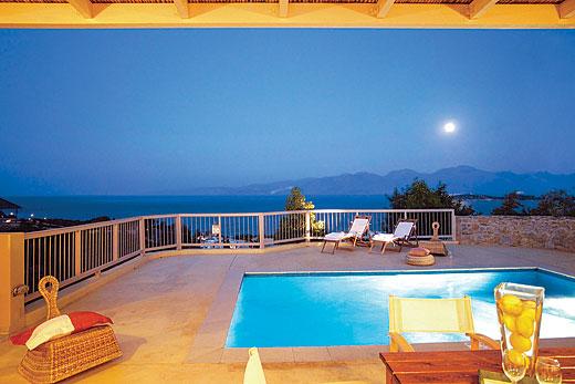 Villa Gulf View II in Agios Nikolaos - sleeps 4 people
