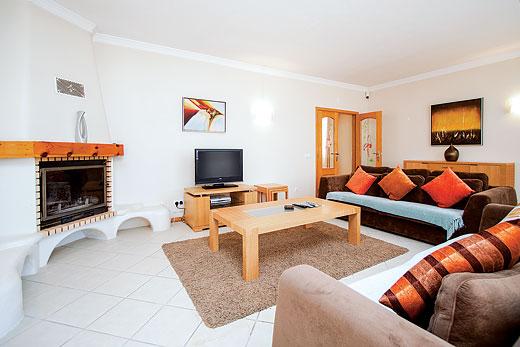 Villa Harmony in Vale de Parra, Albufeira - sleeps 7 people