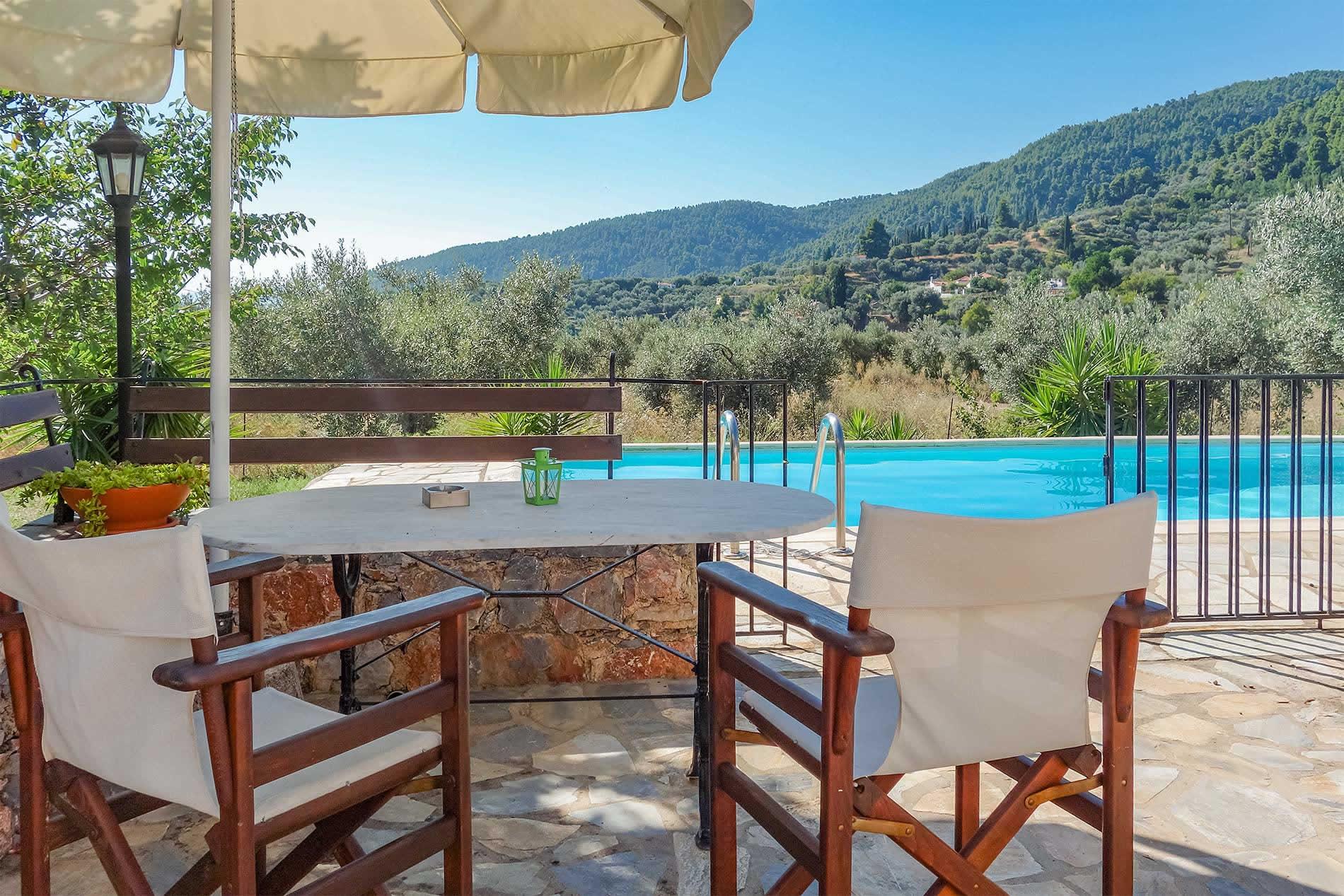 Villa Ioanna in Mortero - sleeps 4 people