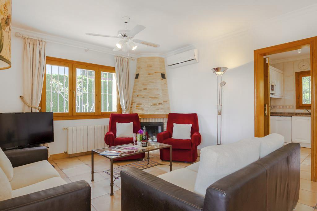 Villa Isadora in Costa Blanca - sleeps 6 people