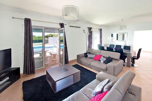 Villa Kambu From James Villas Villa Kambu Is In Estoi Algarve With Swimming Pool Read Reviews