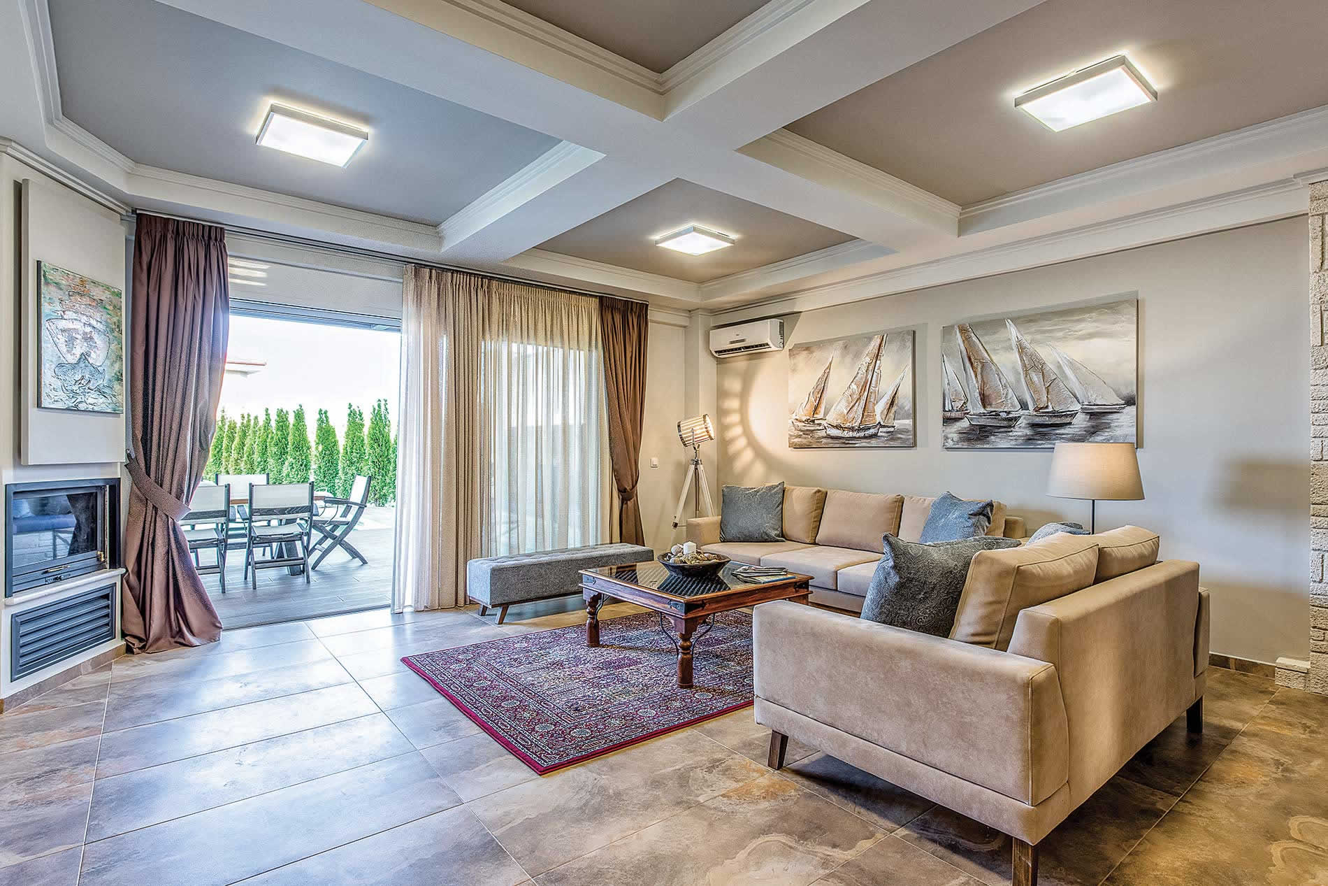 Villa Kassandra in Hanioti - sleeps 8 people