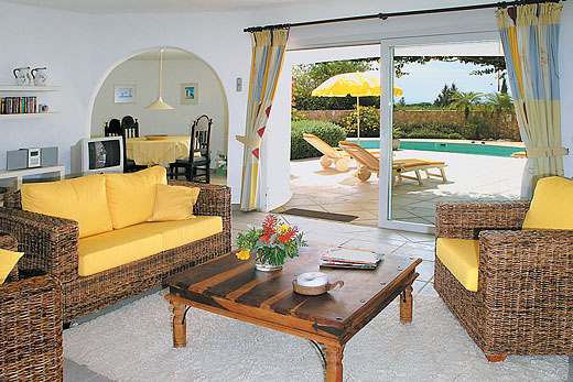 Villa Katwijk in Quinta do Paraiso, Algarve - sleeps 6 people