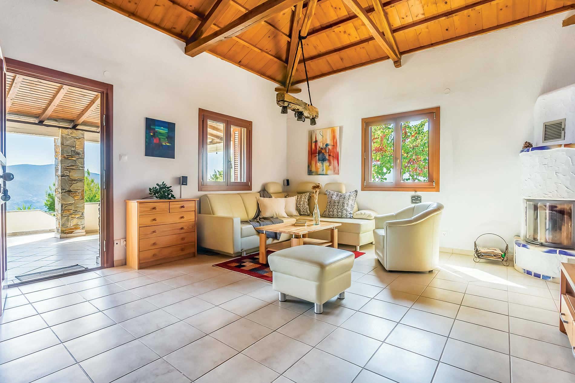 Villa Lavanda in Raches - sleeps 2 people