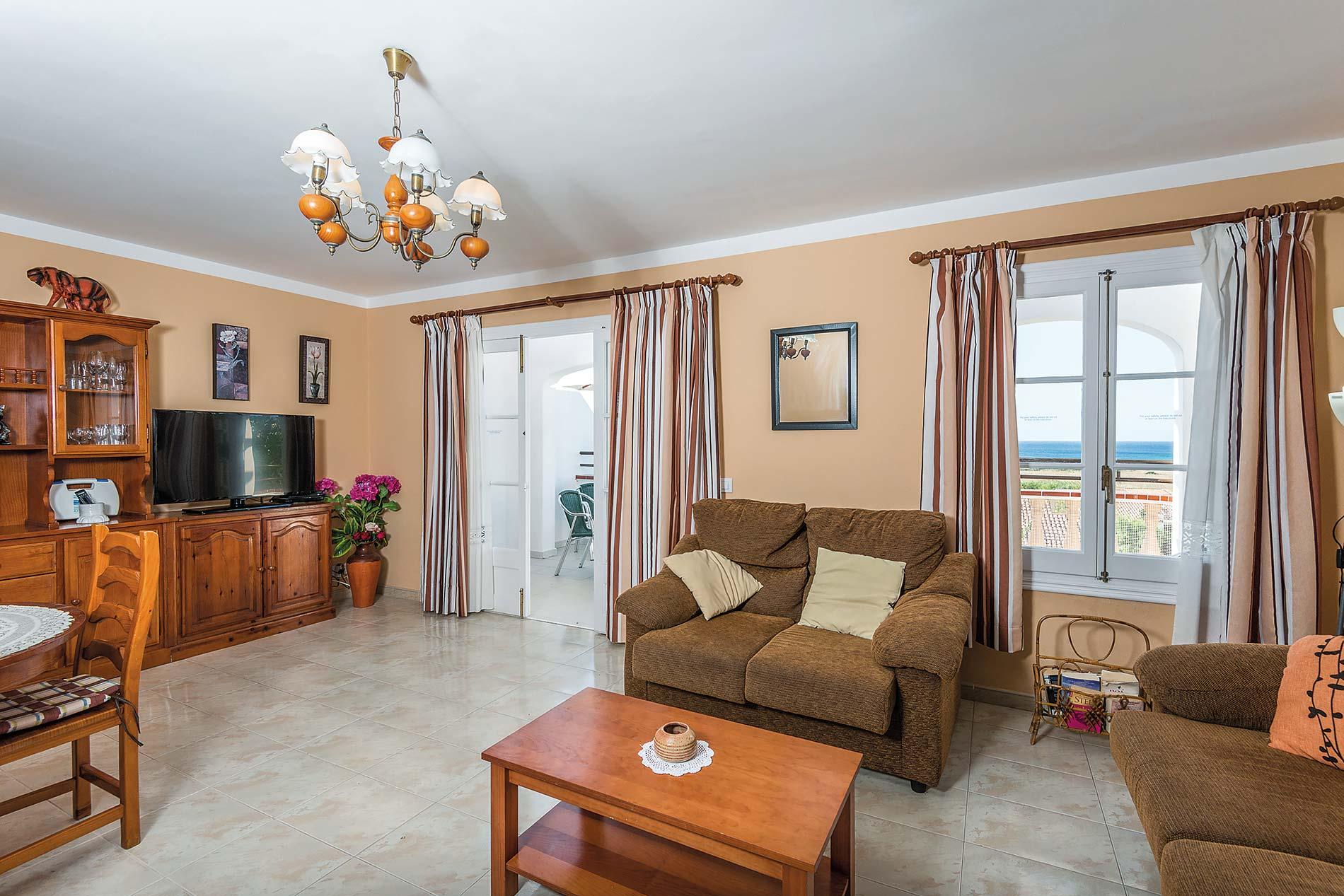 Villa Libra in Torre Soli - sleeps 6 people