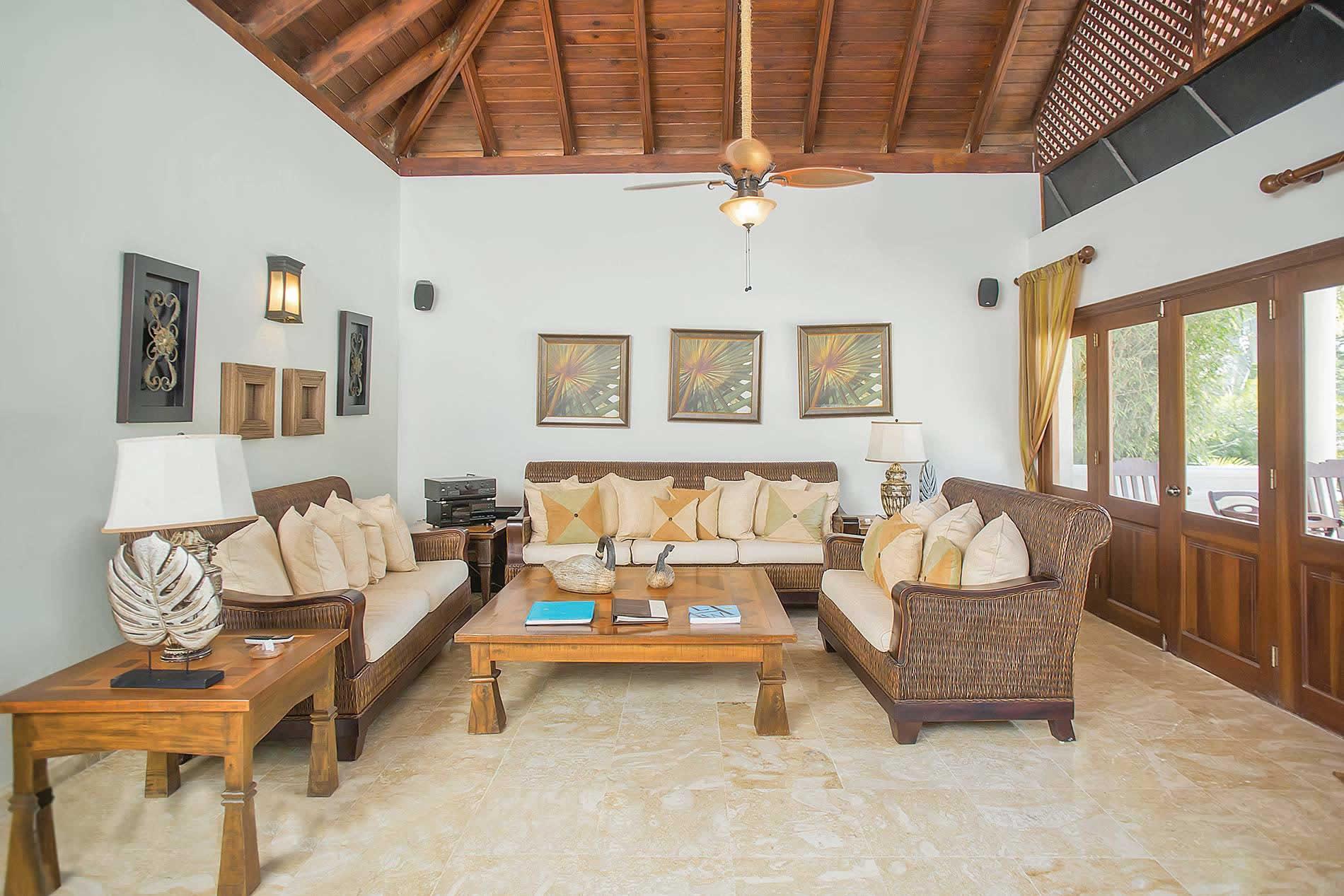 Villa Los Cisnes in Casa de Campo Resort - sleeps 10 people