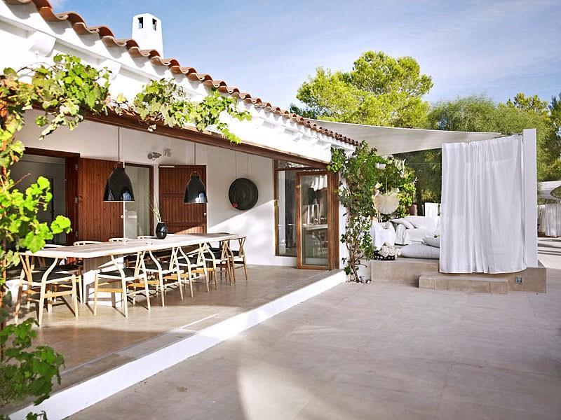 Villa Los Suenos de Alexia in Ibiza - sleeps 12 people