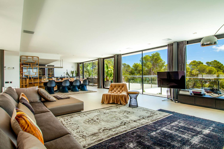 Villa Lucrecia in Es Cubells - sleeps 8 people