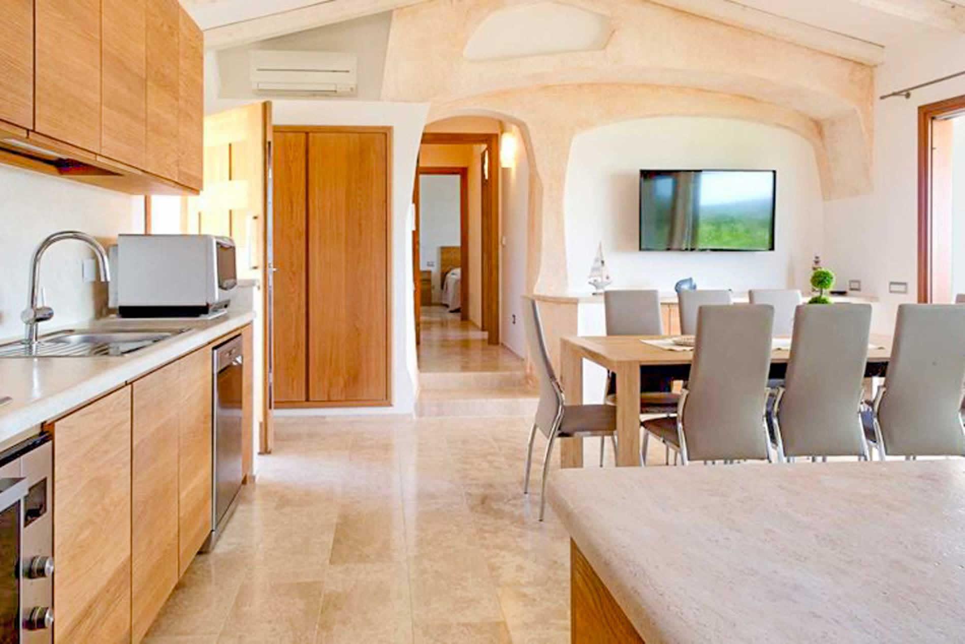 Villa Lux Stone House in Baja Sardinia - sleeps 6 people
