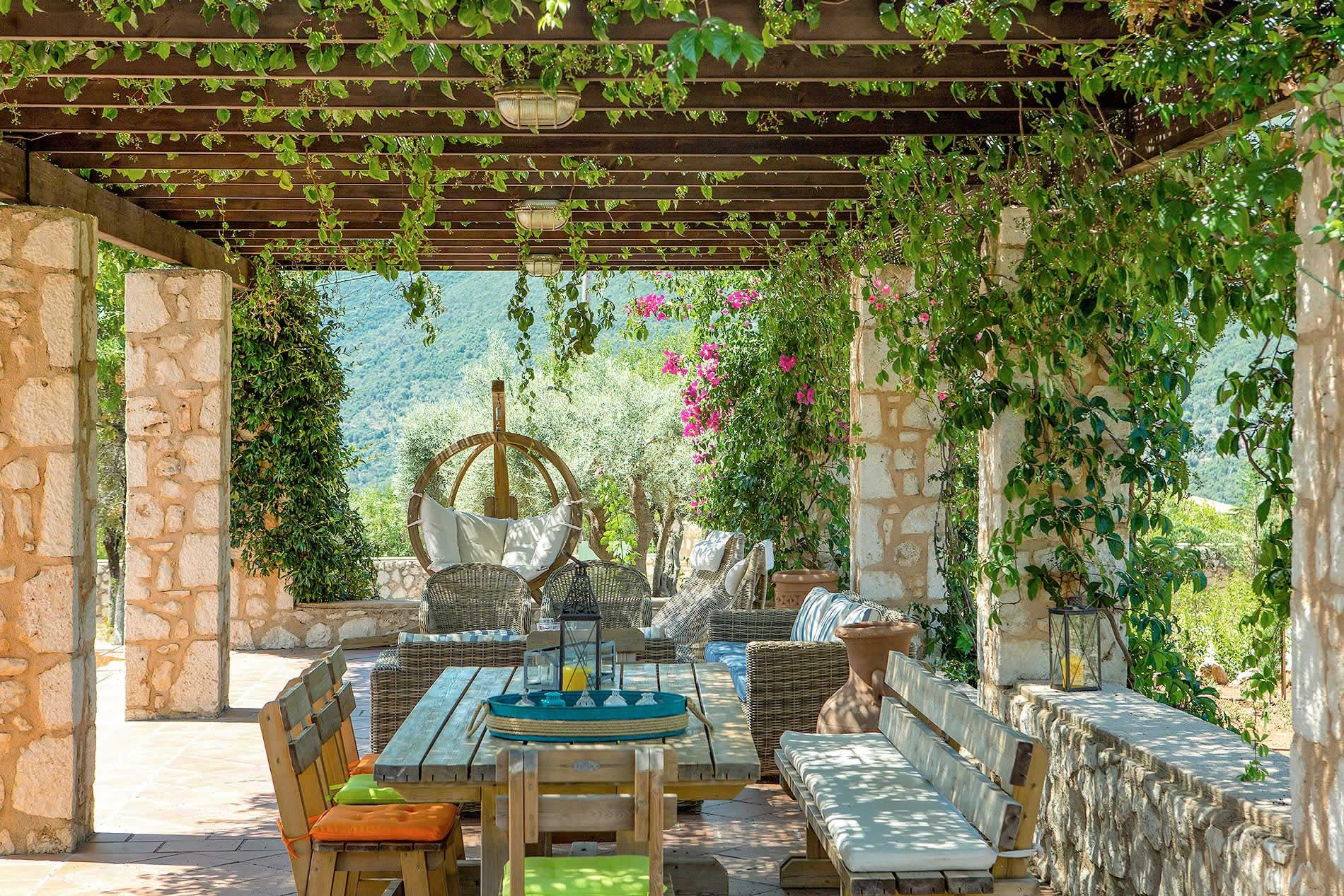 Villa Maria Sivota in Sivota - sleeps 8 people