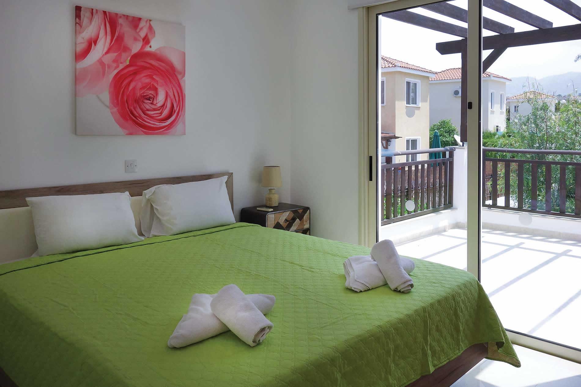Villa Marlena in Coral Bay - sleeps 6 people