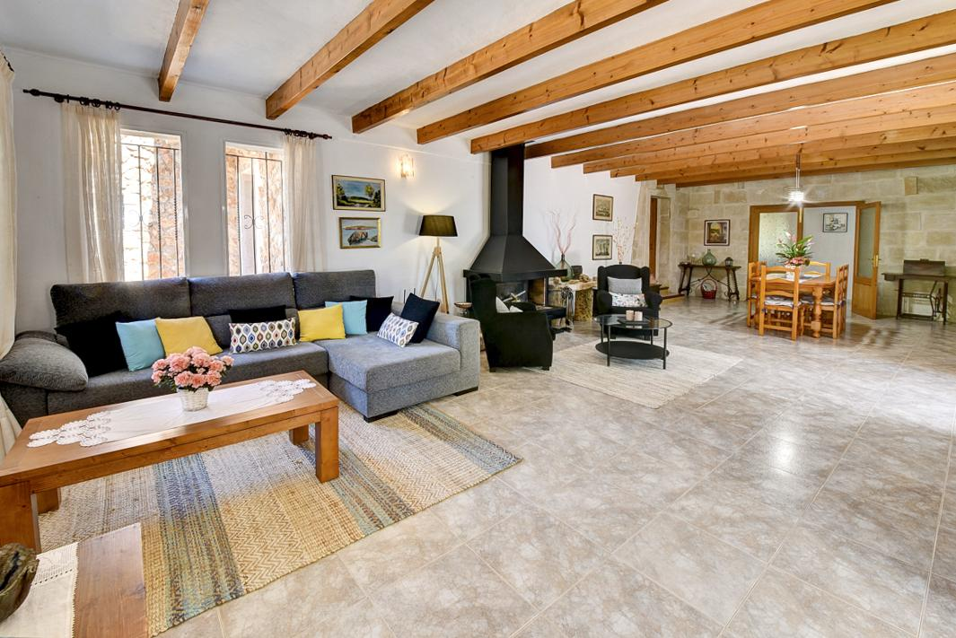 Villa Merce in Cala d'Or - sleeps 10 people
