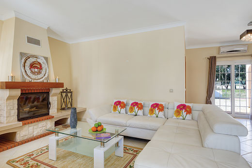 Villa Mikael in Albufeira - sleeps 10 people