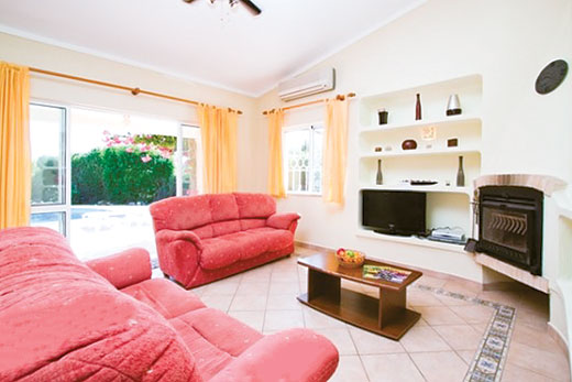 Villa Mill in Guia, Albufeira - sleeps 6 people