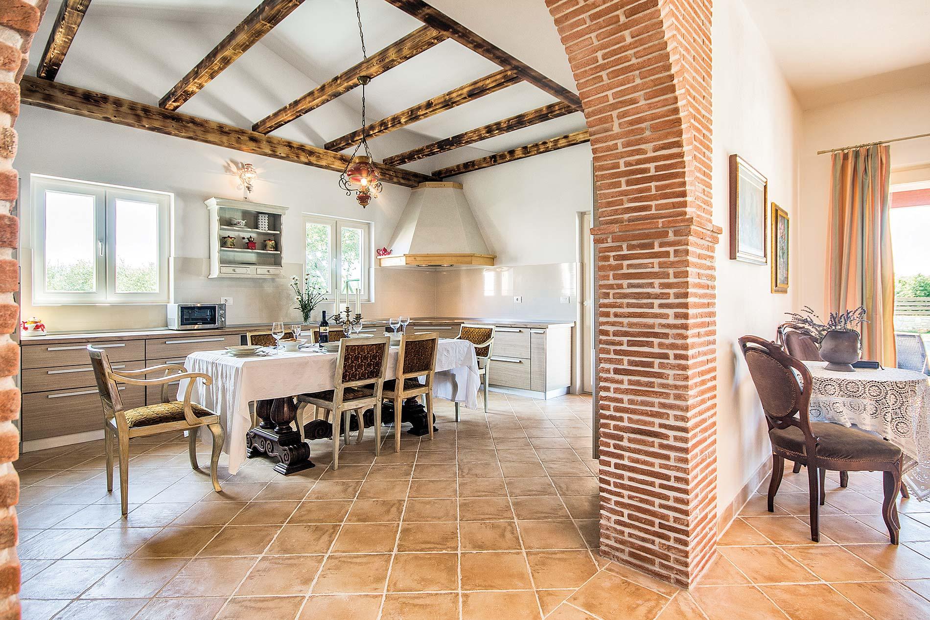 Villa Nicol in Pula - sleeps 8 people