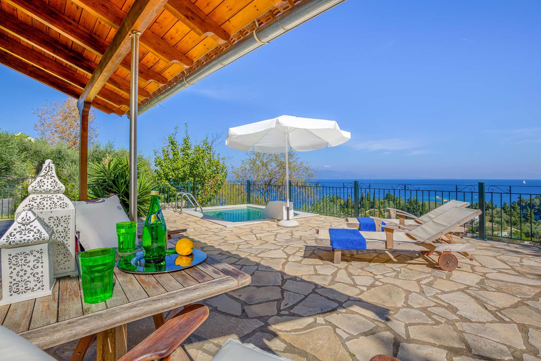 Villa Nicola in Loggos - sleeps 2 people