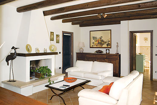 Villa Oleandro in Alghero, Sardinia - sleeps 6 people