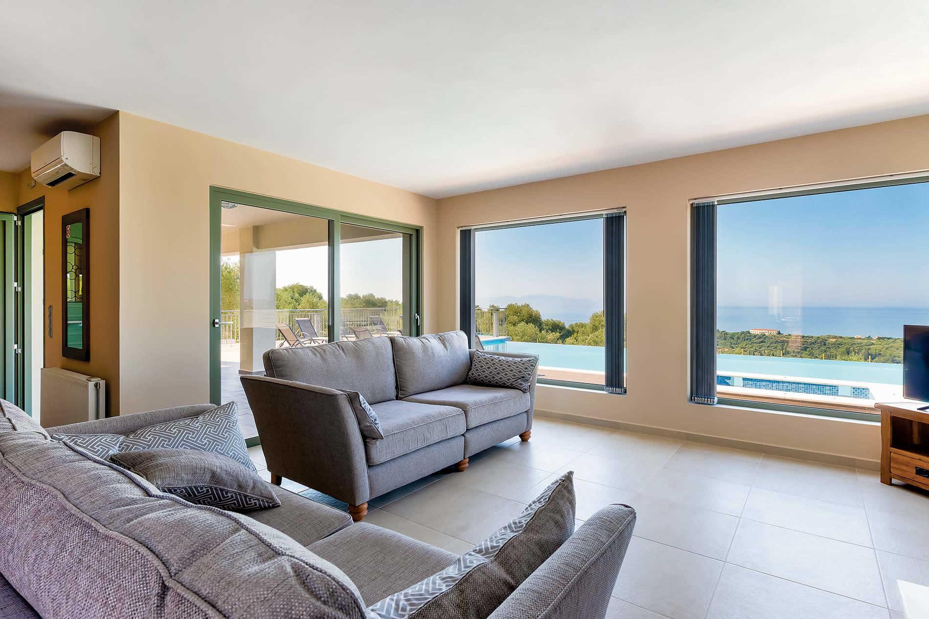 Villa Pagoni in Trapezaki - sleeps 8 people