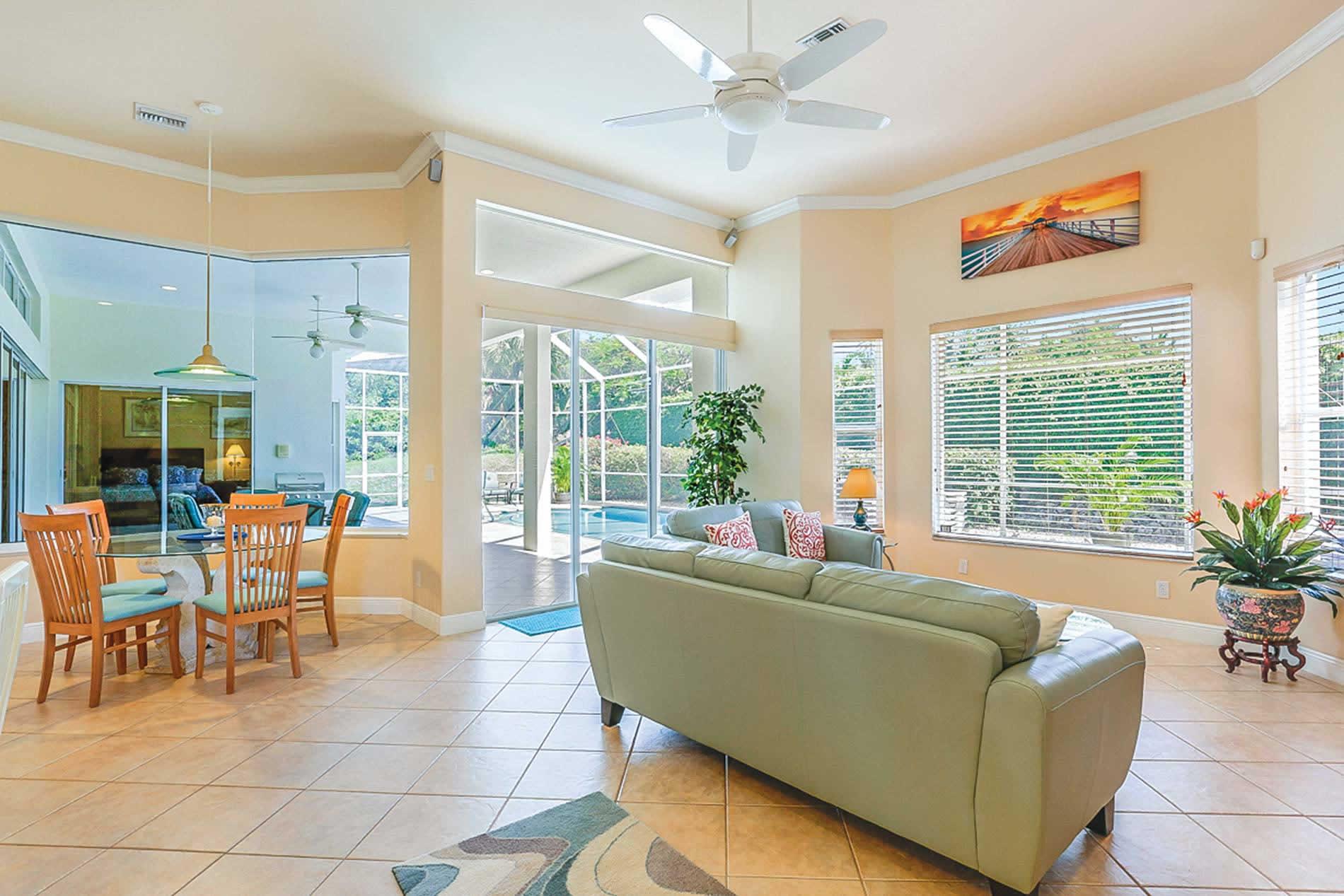 Villa Palm Breeze in Featured - sleeps 8 people
