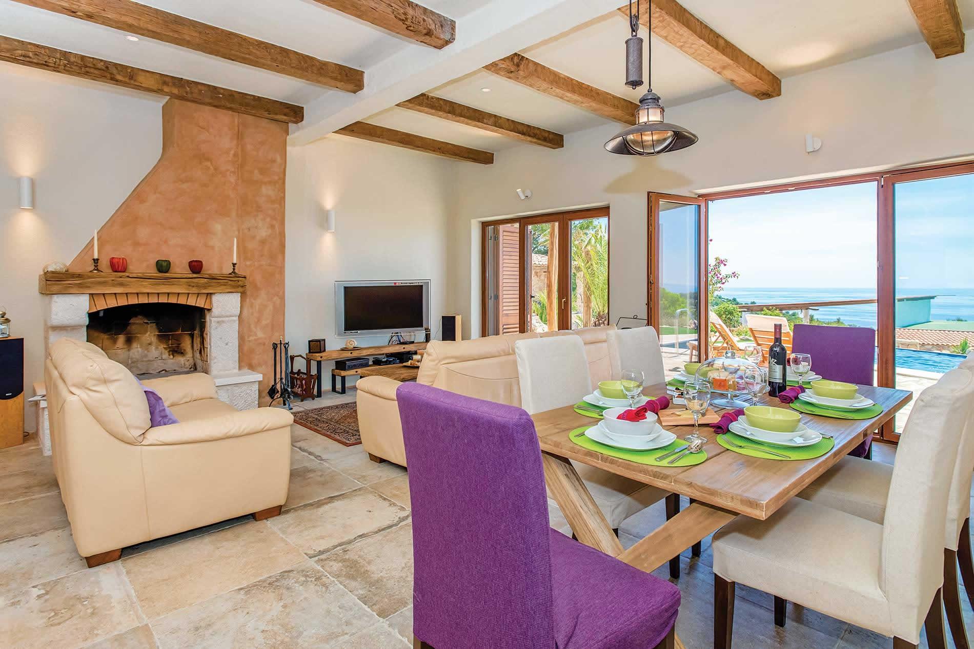 Villa Pelagos in Hvar - sleeps 8 people