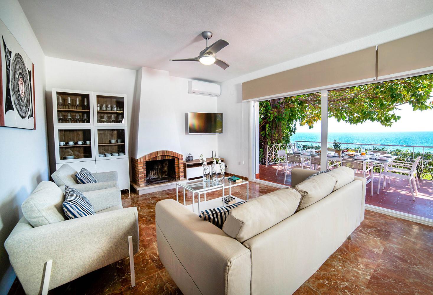 Villa Perla in Calpe - sleeps 10 people